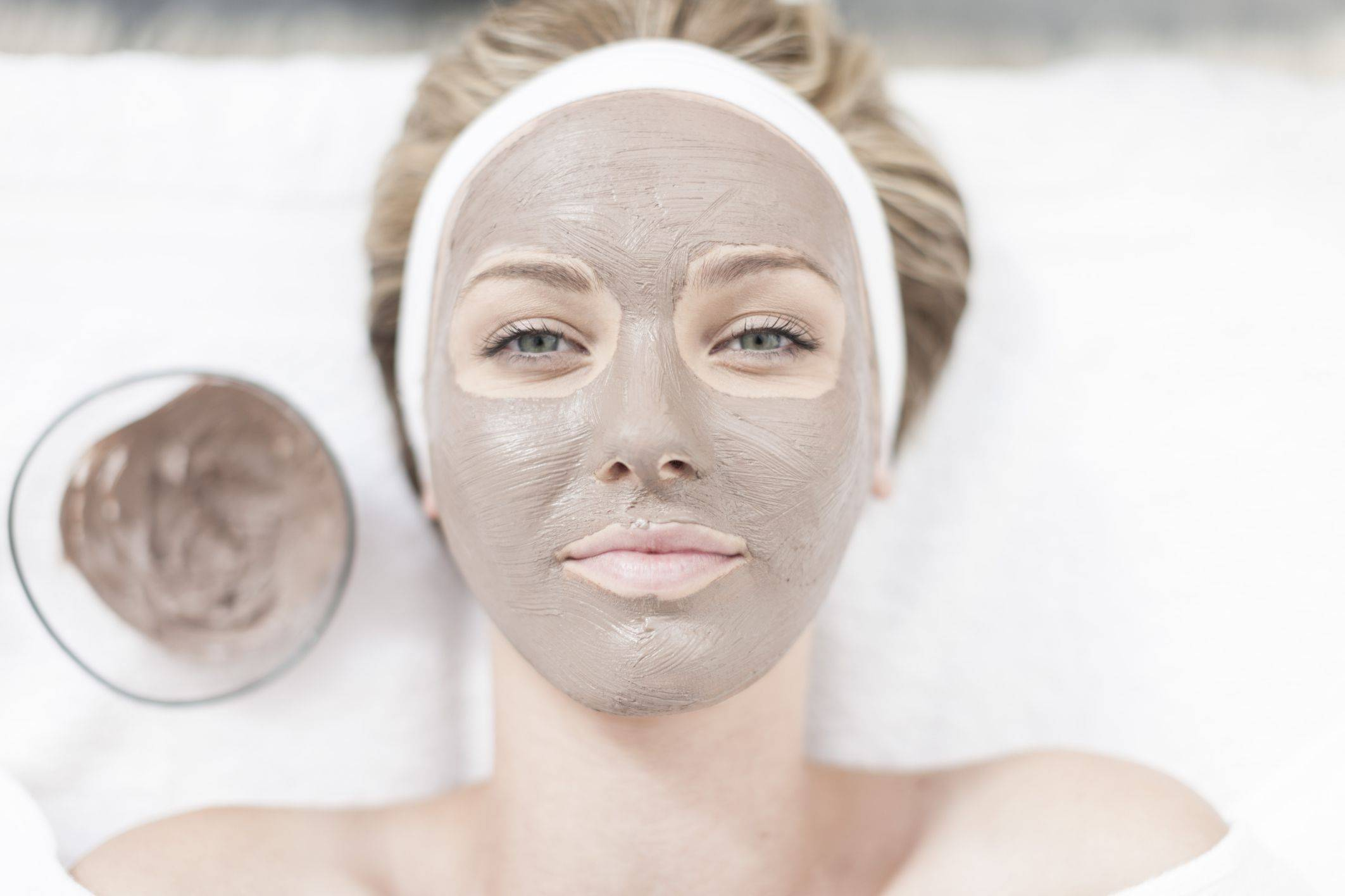 https://www.noscars.co.in/wp-content/uploads/2019/03/Anti-Aging-Facial-57256df75f9b589e34e7ae94.jpg